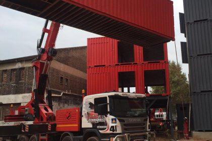 heavy duty crane truck